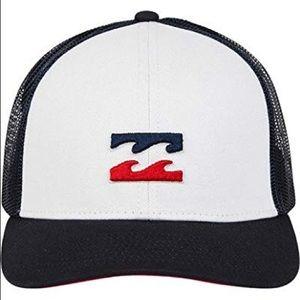 NWT Billabong wave trucker hat